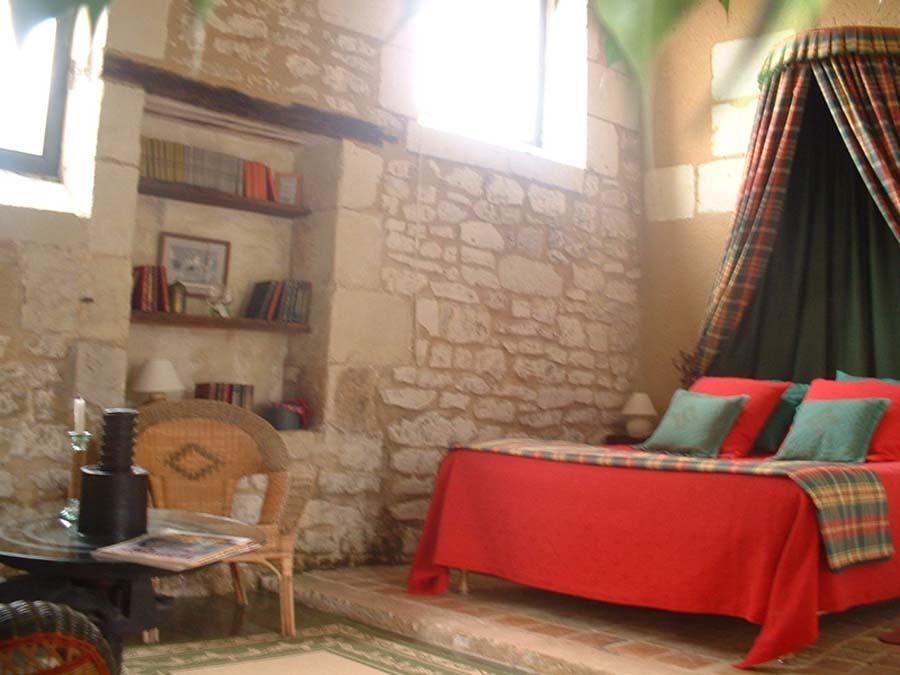 http://www.le-clos-de-ligre.com/images/pressoir/Pressoir.jpg