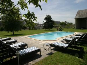 La piscine Gite Le Clos de Ligre